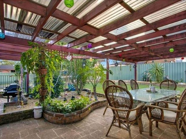 17 Rainbow Place, St Clair, NSW 2759