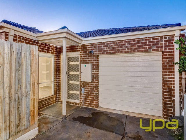 1/38 Denny Place, Melton South, Vic 3338