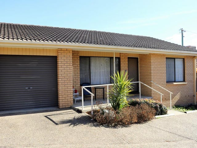3/5 Currawong Street, Young, NSW 2594