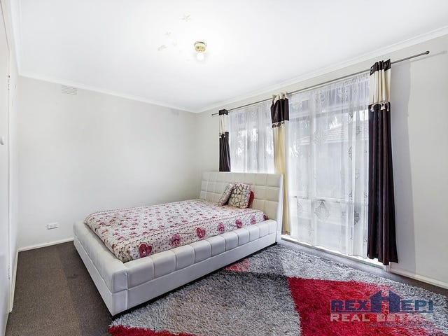 1/67 Hammond Road, Dandenong, Vic 3175