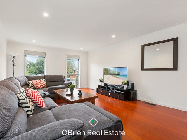 27 Currawong Street, Mornington, Vic 3931