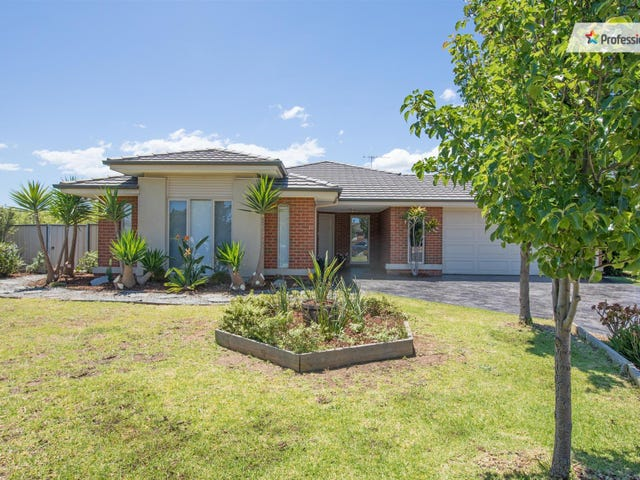 1 Greenwich Court, Brookfield, Vic 3338