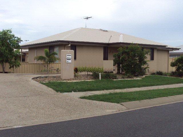 4/4 Mulcahy Court, Eimeo, Qld 4740