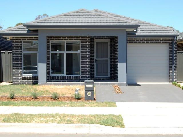 55 Callistemon Circuit, Jordan Springs, NSW 2747