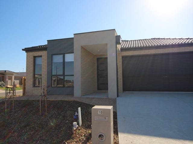 10 Spoonbill Drive, Armstrong Creek, Vic 3217