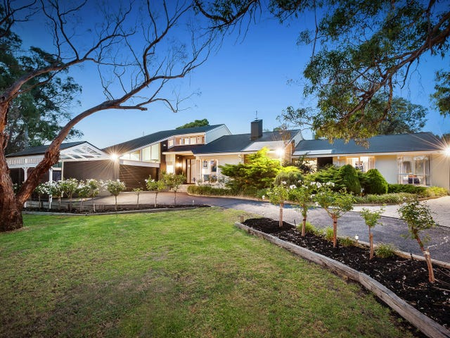 23 McGown Road, Mount Eliza, Vic 3930