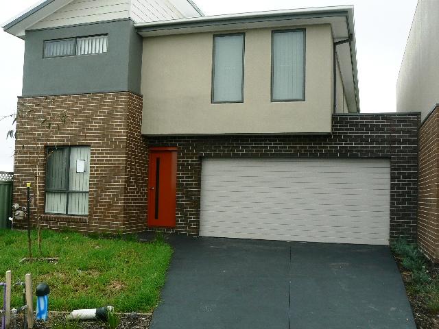 1/180 Henry Road, Pakenham, Vic 3810