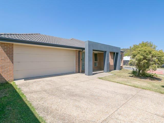 15 Huntley Crescent, Redbank Plains, Qld 4301