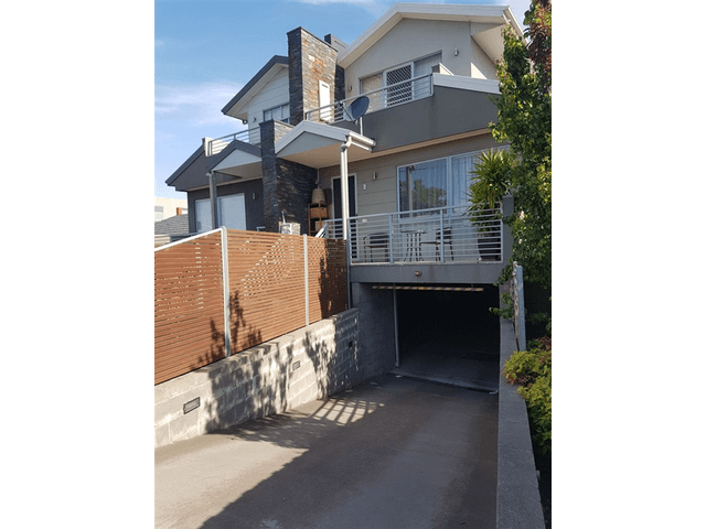 8/1426 Centre Road, Clayton South, Vic 3169