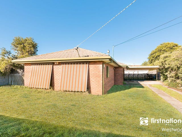 10 Tamarind Crescent, Werribee, Vic 3030