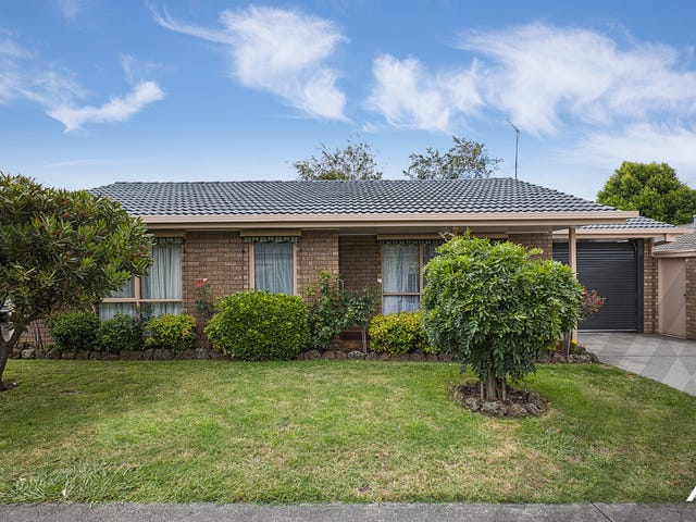 2/15 Clifford Street, Warragul, Vic 3820