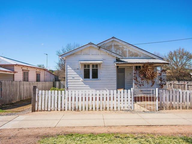 64 Stornaway Road, Queanbeyan, NSW 2620