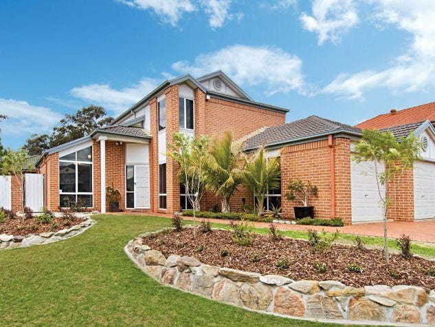 10 Arnold Janssen Drive, Beaumont Hills, NSW 2155