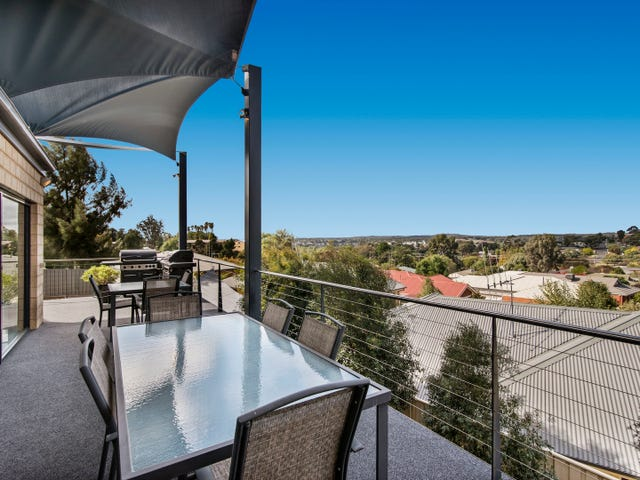 16 Ruth Street, Golden Square, Vic 3555
