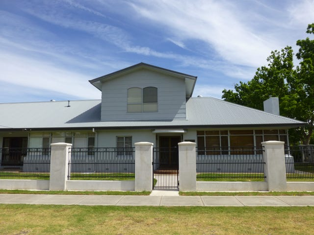 832 Frauenfelder Street, North Albury, NSW 2640
