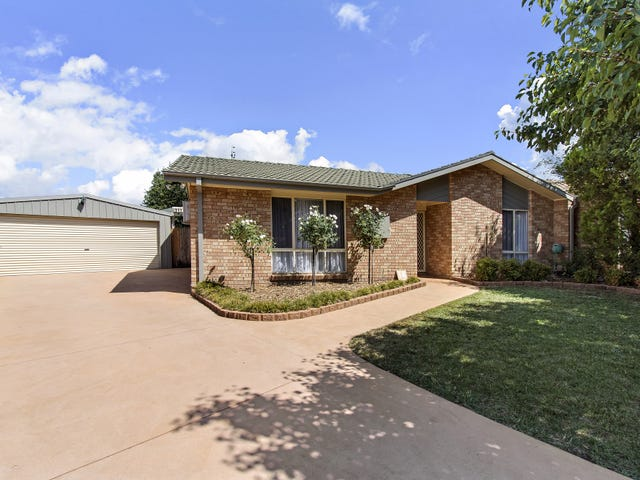14 Mulder Place, Banks, ACT 2906