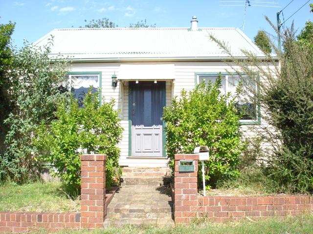 52 Clanwilliam Street, Blackheath, NSW 2785
