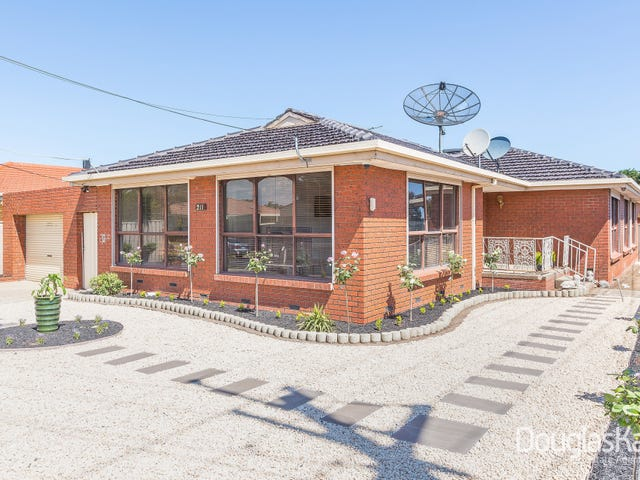 211 Hall Street, Sunshine West, Vic 3020