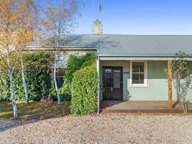 2/14 Welsh Street, Kyneton, Vic 3444