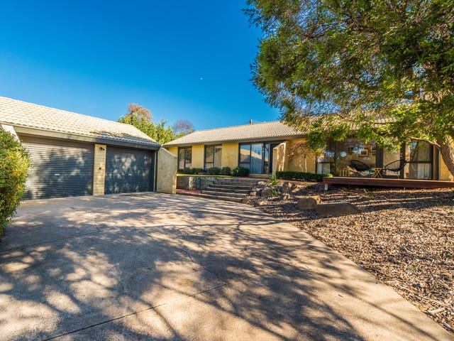 17 Hardie Close, Macarthur, ACT 2904