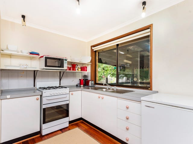 8 Gellatly Place, Gilmore, ACT 2905
