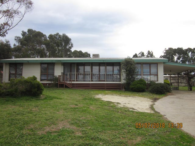 24  Maldon Road, Castlemaine, Vic 3450