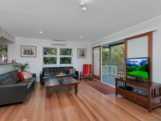 43 Hillview Crescent, Whitfield, Qld 4870