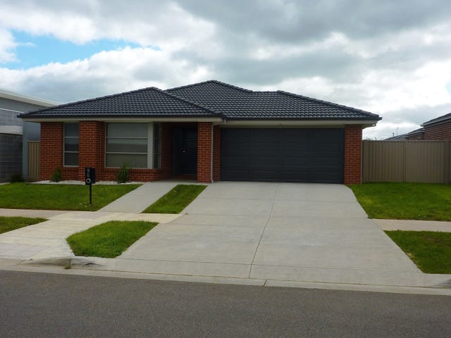 30 Willoby Drive, Alfredton, Vic 3350