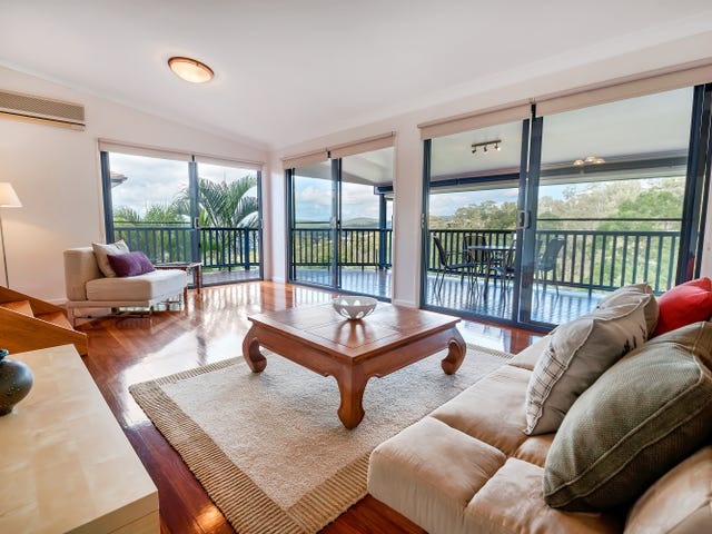 36 Pago Terrace, Pacific Pines, Qld 4211