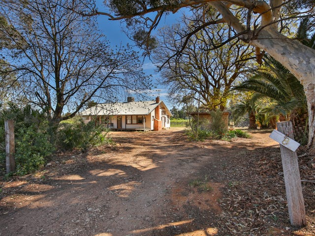 8 Mellis Street, Red Cliffs, Vic 3496