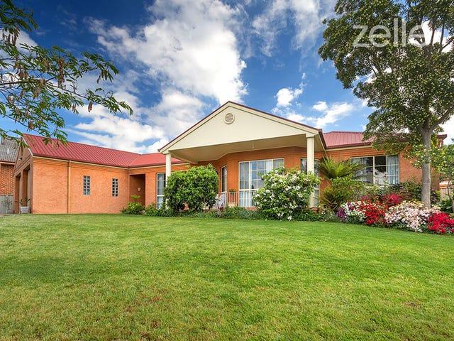 77 Crawshaw Crescent, Albury, NSW 2640