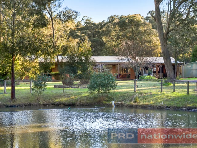 15 Incolls Road, Enfield, Vic 3352