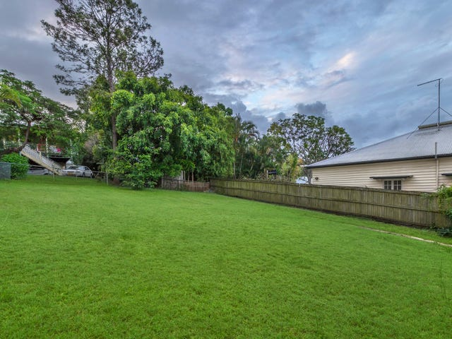 22 Dover Street, Hawthorne, Qld 4171