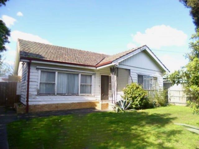 18 CODRINGTON STREET, Cranbourne, Vic 3977