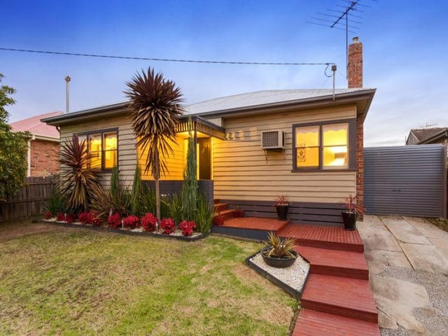 4 Ebden  Street, Hamlyn Heights, Vic 3215