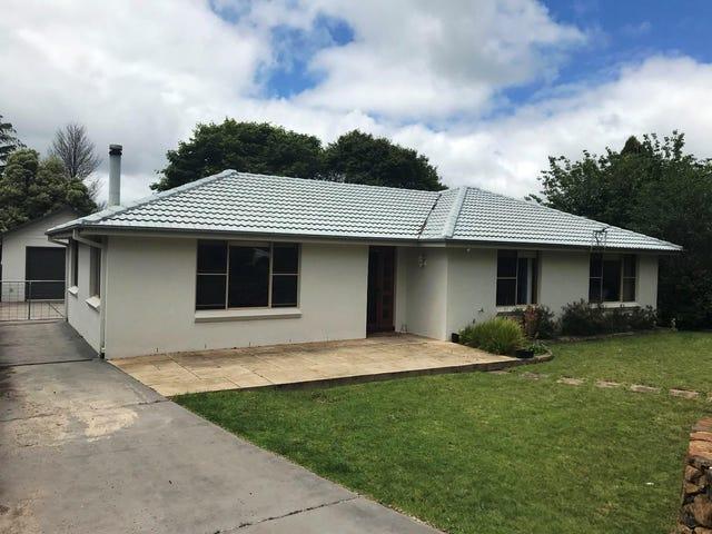 19 Caalong Street, Robertson, NSW 2577