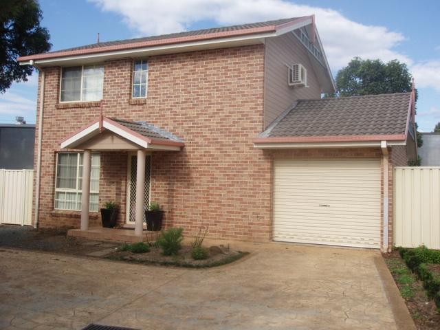 7/1 Fields Road, Macquarie Fields, NSW 2564