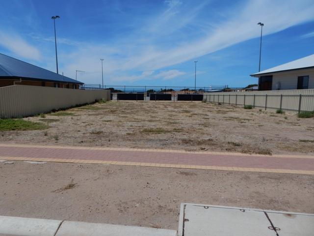 8 Blue Crab Court, Ardrossan, SA 5571