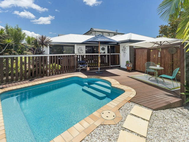 26 Carter Street, Pacific Pines, Qld 4211