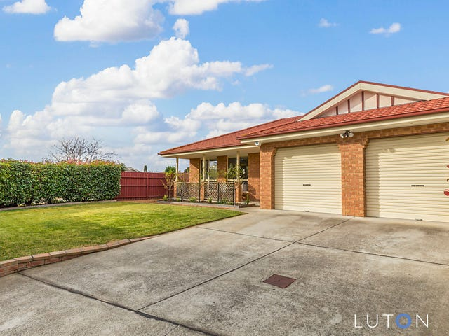 18 Hobday Place, Dunlop, ACT 2615