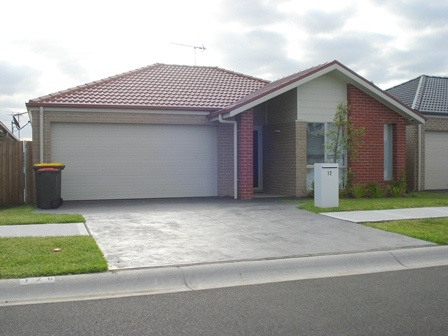 12 Green Hill Street, Spring Farm, NSW 2570