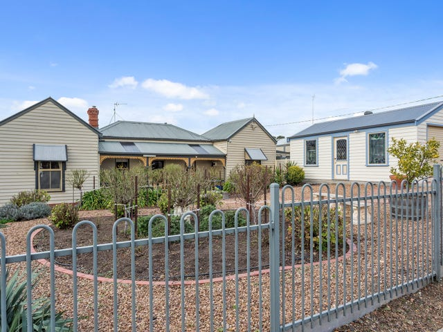 22 Bray Street, Long Gully, Vic 3550