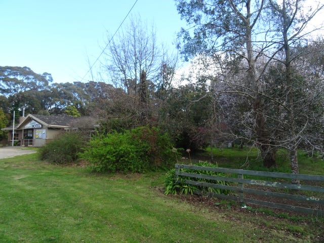 3701  Ballarat-Colac Road, Enfield, Vic 3352
