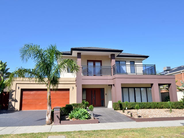 8 Shearwater Court, Cairnlea, Vic 3023