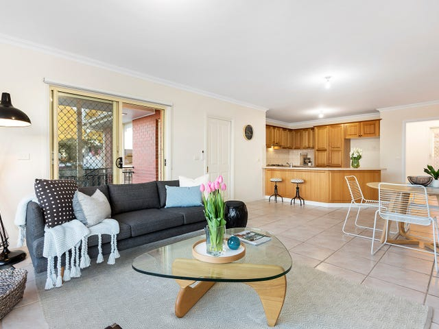 2/4 Josephine Grove, Preston, Vic 3072