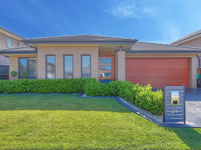 24 Graziers Way, Carnes Hill, NSW 2171