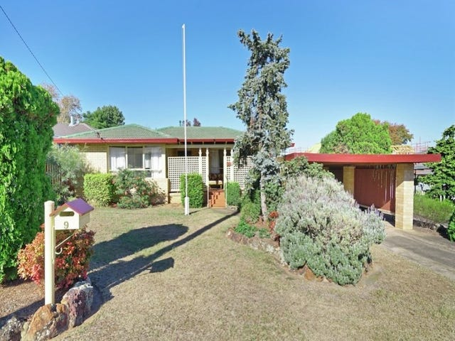 9 Luker Street, Elderslie, NSW 2570
