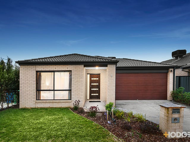 9 Ventasso Street, Clyde North, Vic 3978