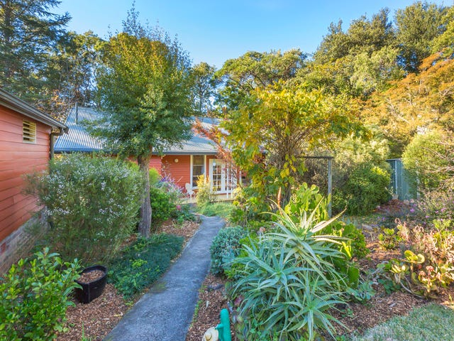 9 Lugano Avenue, Springwood, NSW 2777