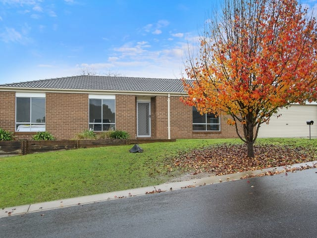 1 Orchard Grove, Beechworth, Vic 3747
